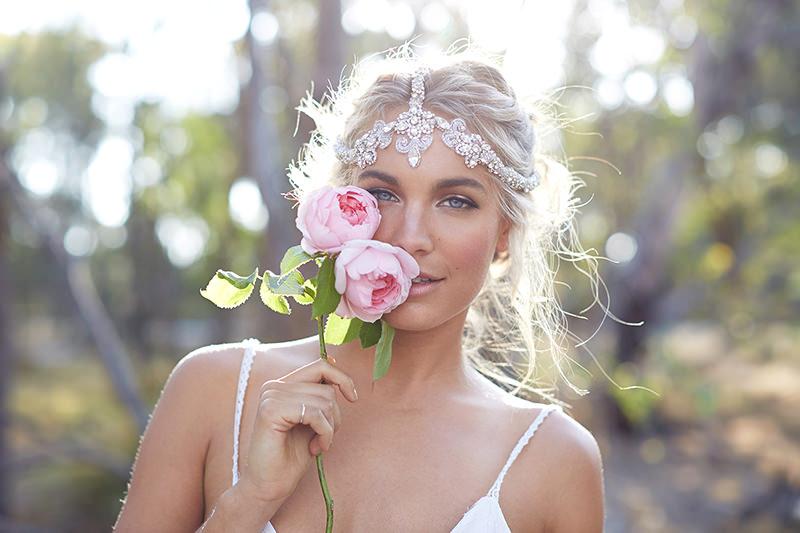 22-noiva-com-maquiagem-leve-e-iluminada