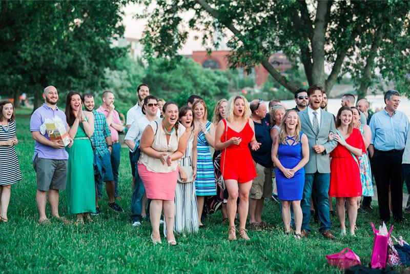 casamento-surpresa-com-amigos-e-familiares