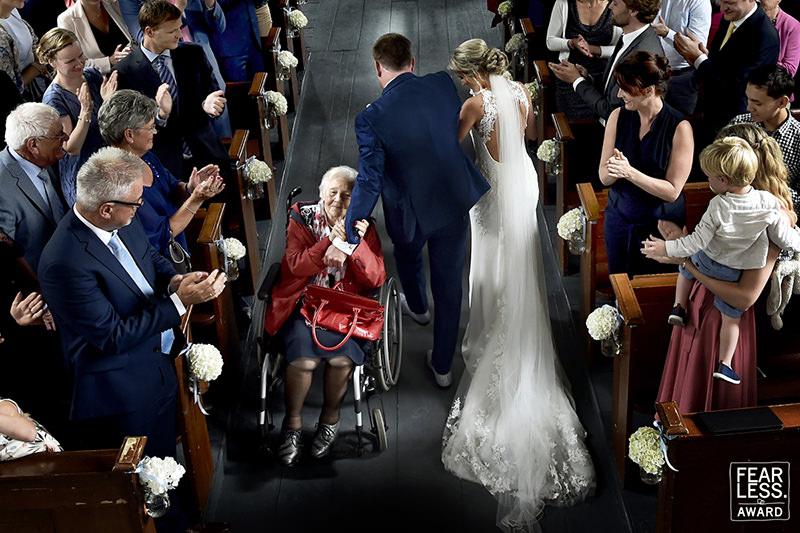 avo-na-cerimonio-de-casamento