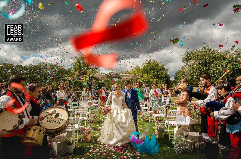casamento-com-chuva-de-confete