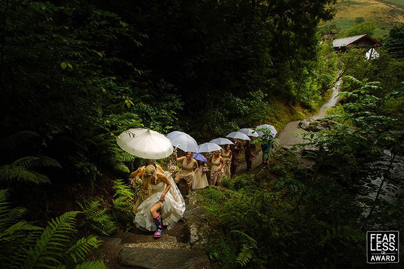 fotografia-de-casamento-caminho-para-a-capela