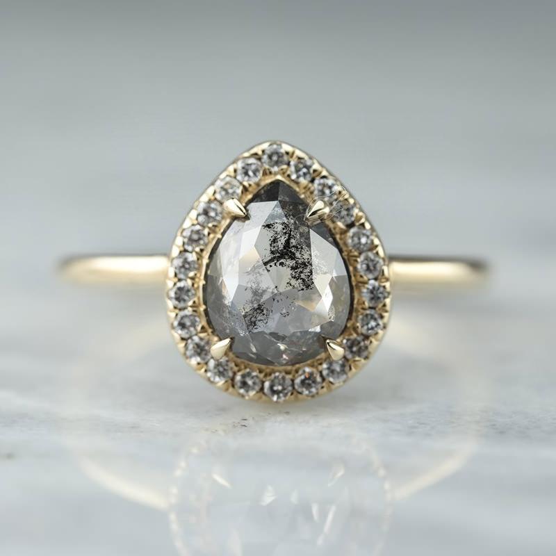 anel-de-noivado-safira-negra