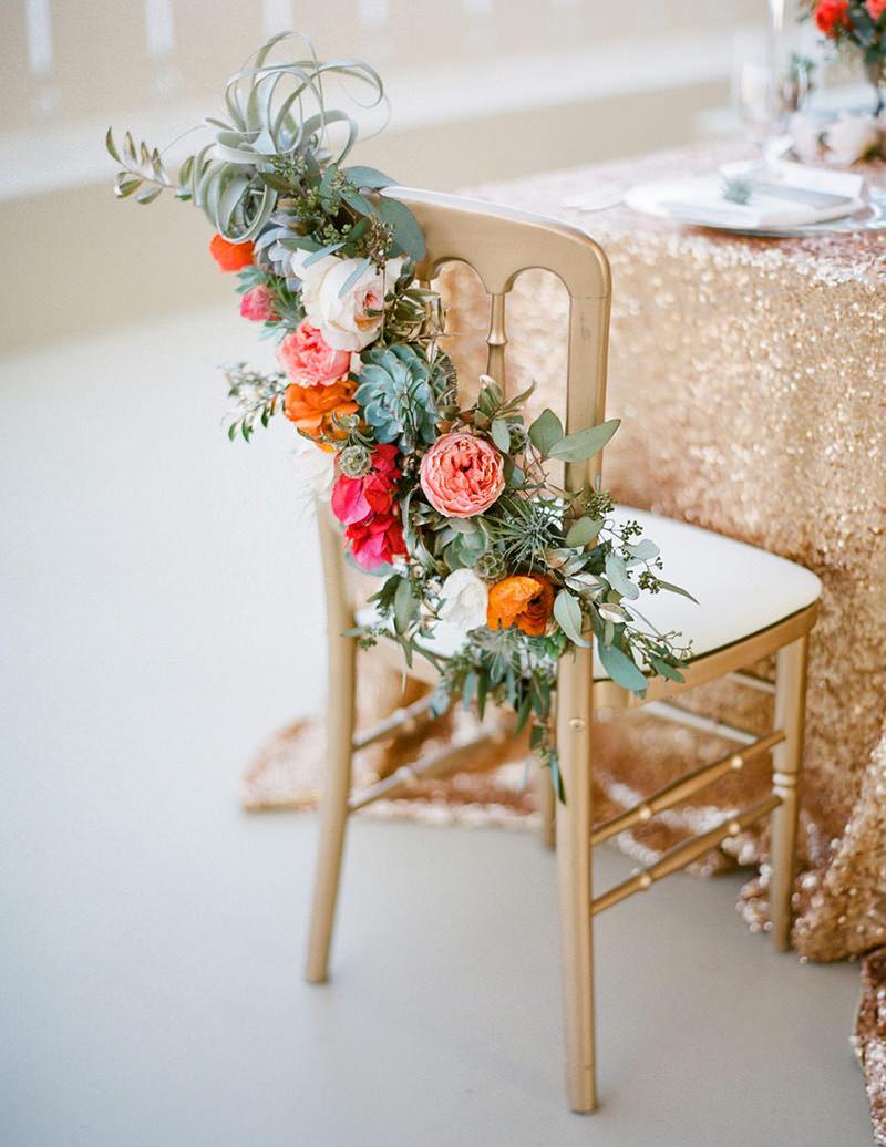 cadeira-decorada-com-flores
