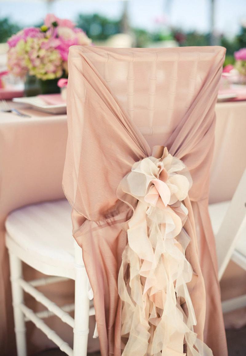 cadeira-dos-noivos-decorada-com-tecido