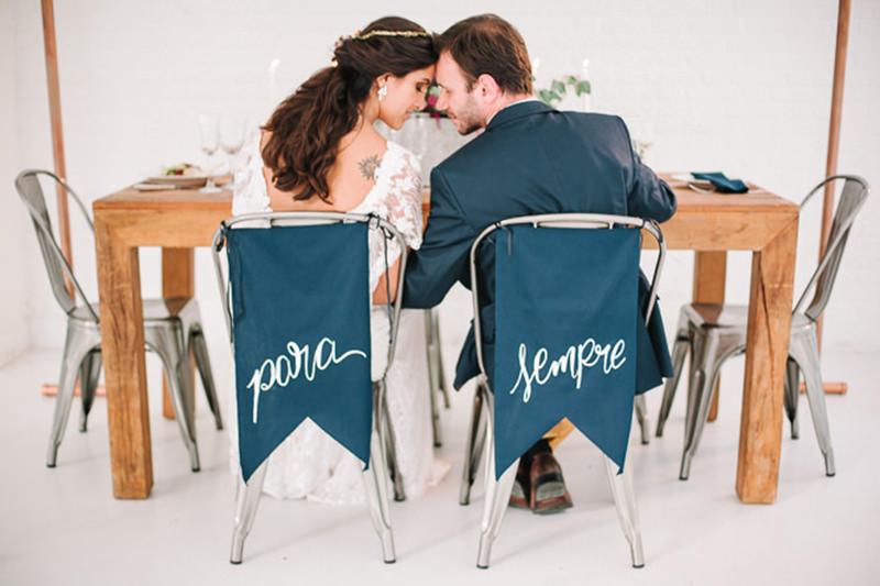 decoracao-para-a-cadeira-dos-noivos