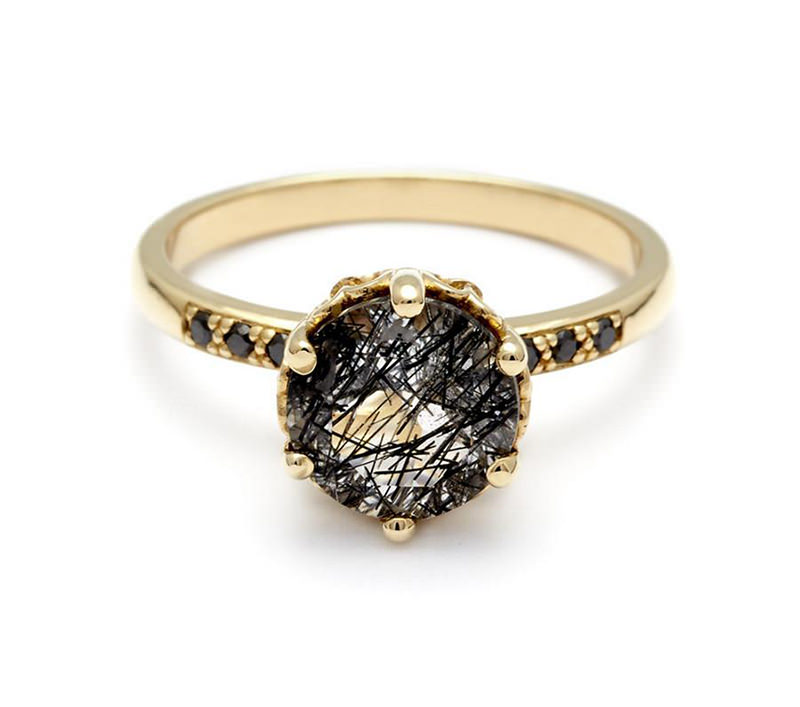 joia-de-casamento-com-diamante-negro