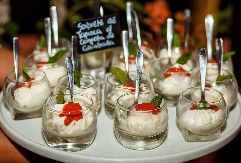 sorvete-de-tapioca-sobremesa-para-casamento-praia
