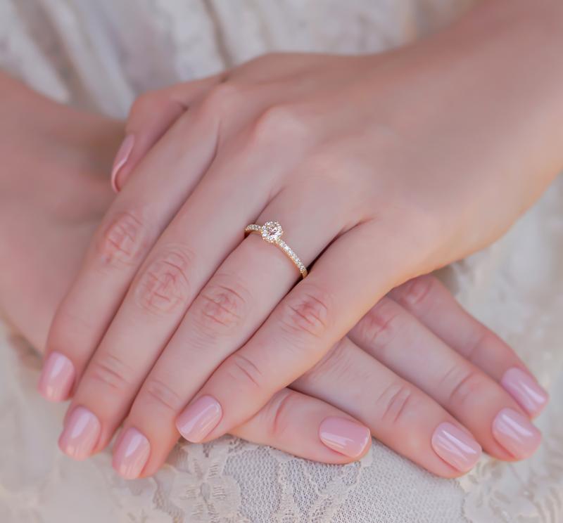 anel-de-noivado-solitario-ouro-amarelo