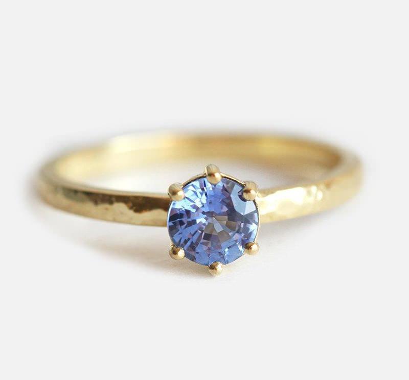 anel-de-noivado-solitario-safira