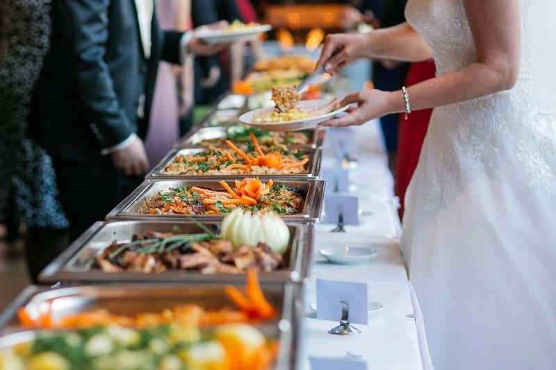 como-contratar-o-buffet-de-casamento-em-5-passos-buffet