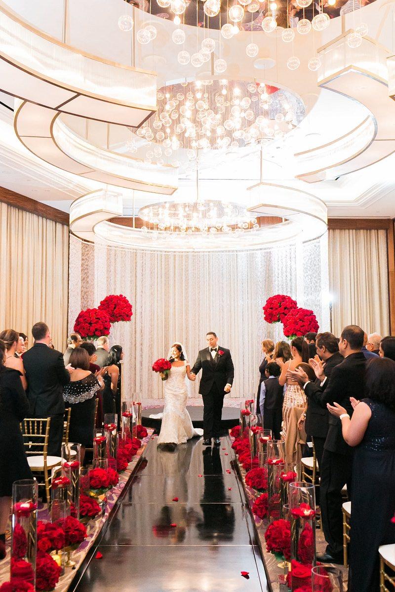 decoracao-de-casamento-vermelho-cerimonia