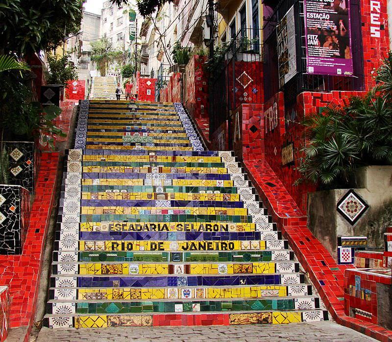 escadaria-do-selaron-passeios-divertidos-lua-de-mel-no-rio-de-janeiro