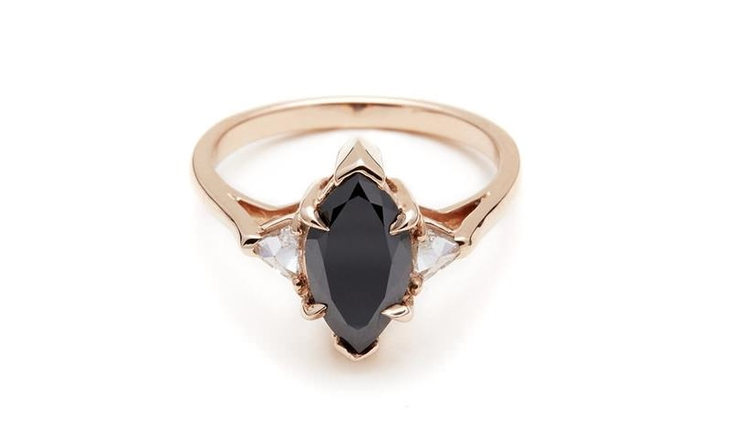 anel-de-noivado-com-diamantes-negro-navete