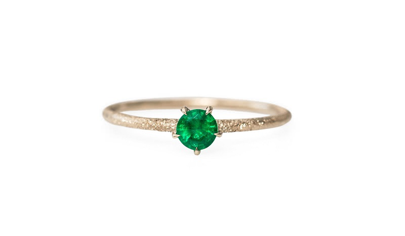 14-anel-de-noivado-retro-esmeralda-solitario