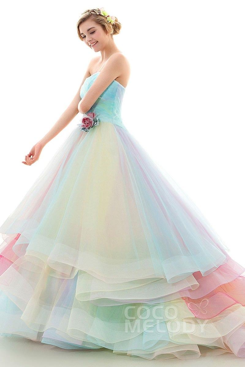 18-tendencia-unicornio-vestidos-de-noiva-nas-cores-do-arco-iris