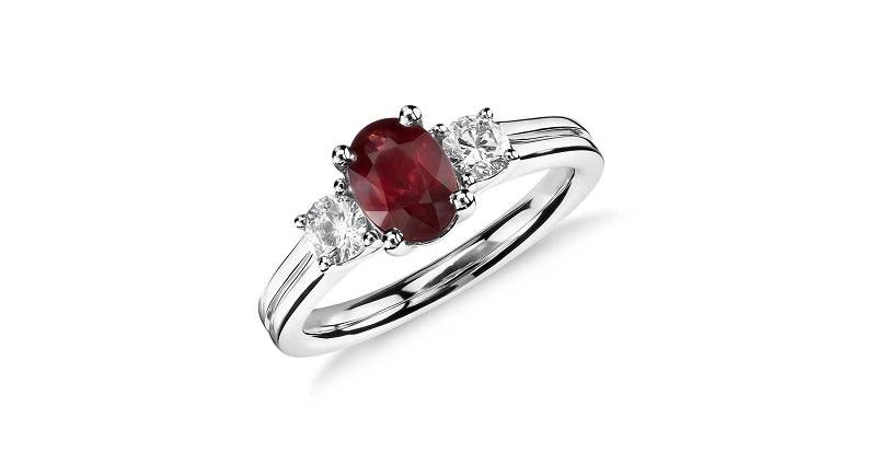 2-anel-de-noivado-com-rubi-oval