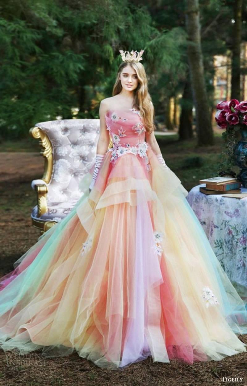 2-tendencia-unicornio-vestidos-de-noiva-nas-cores-do-arco-iris
