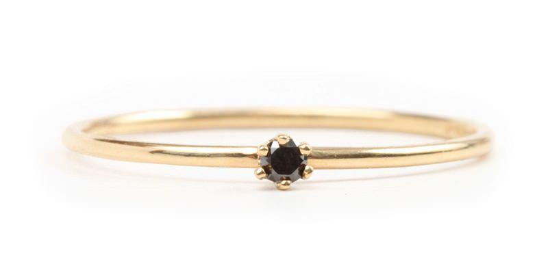 anel-solitario-de-diamante-negro