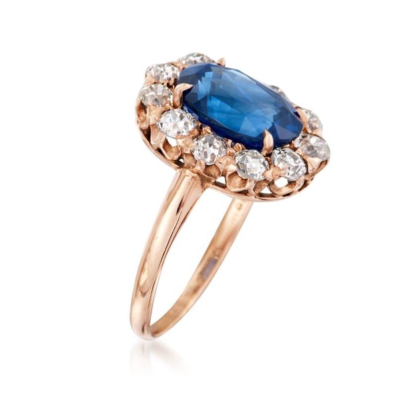 anel-de-noivado-retro-com-safira-azul-e-diamantes