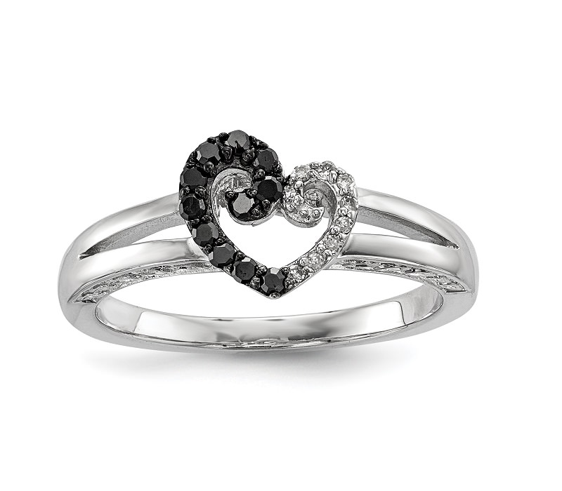 anel-de-noivado-com-coracao-preto-e-branco-de-diamantes