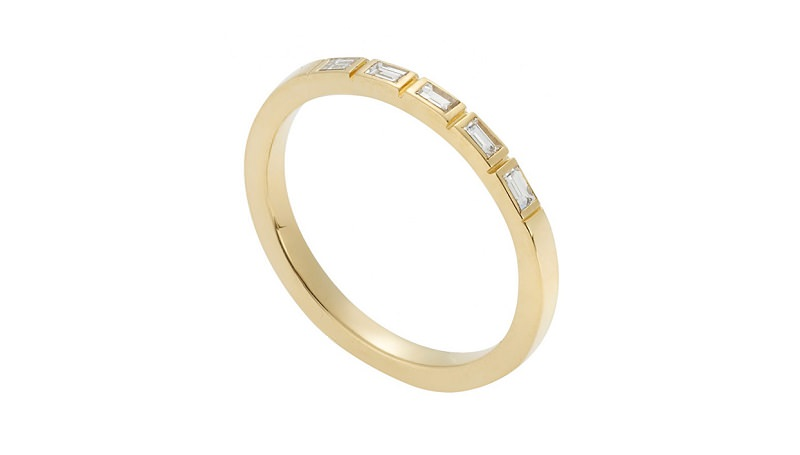 alianca-classica-com-diamante-enoivado-alianca-de-ouro