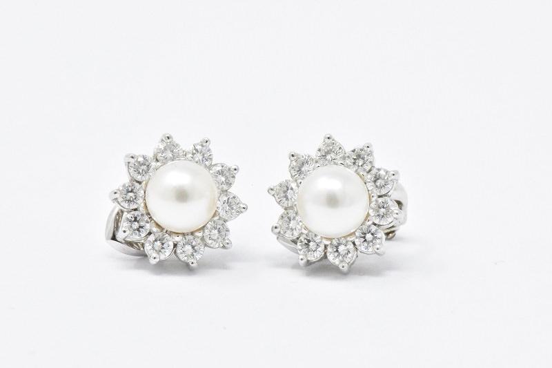cartier-brincos-delicados-em-ouro-branco-para-seu-casamento