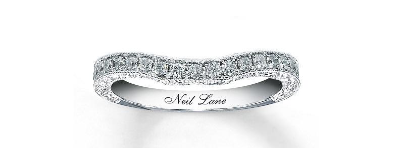 alianca-de-casamento-com-diamantes-cravejados-modelo-tradicional