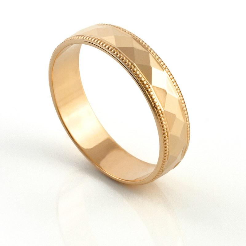 alianca-de-casamento-tradicional-com-textura-ouro-amarelo