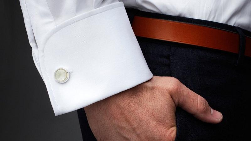 ideias-de-acessorios-para-noivo-usar-casamento-acessorios-masculinos-camisa-com-abotoaduras
