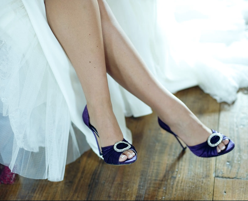 s2-tradicao-boas-energias-sapato-azul-escuro
