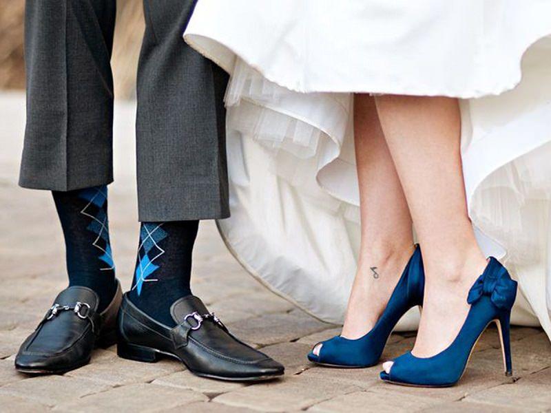 sapato-dos-noivos-sapato-azul-para-noiva