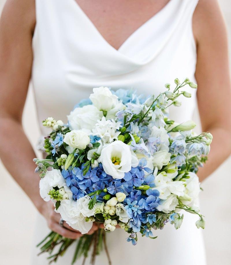 s6-tradicao-de-casamento-itens-azuis-para-atrair-boas-energias-buque-azul