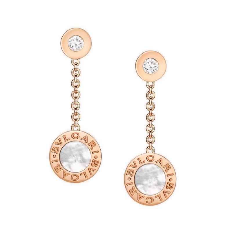 17-brinco-de-ouro-rosa-com-madreperolas-e-diamantes-bvlgari