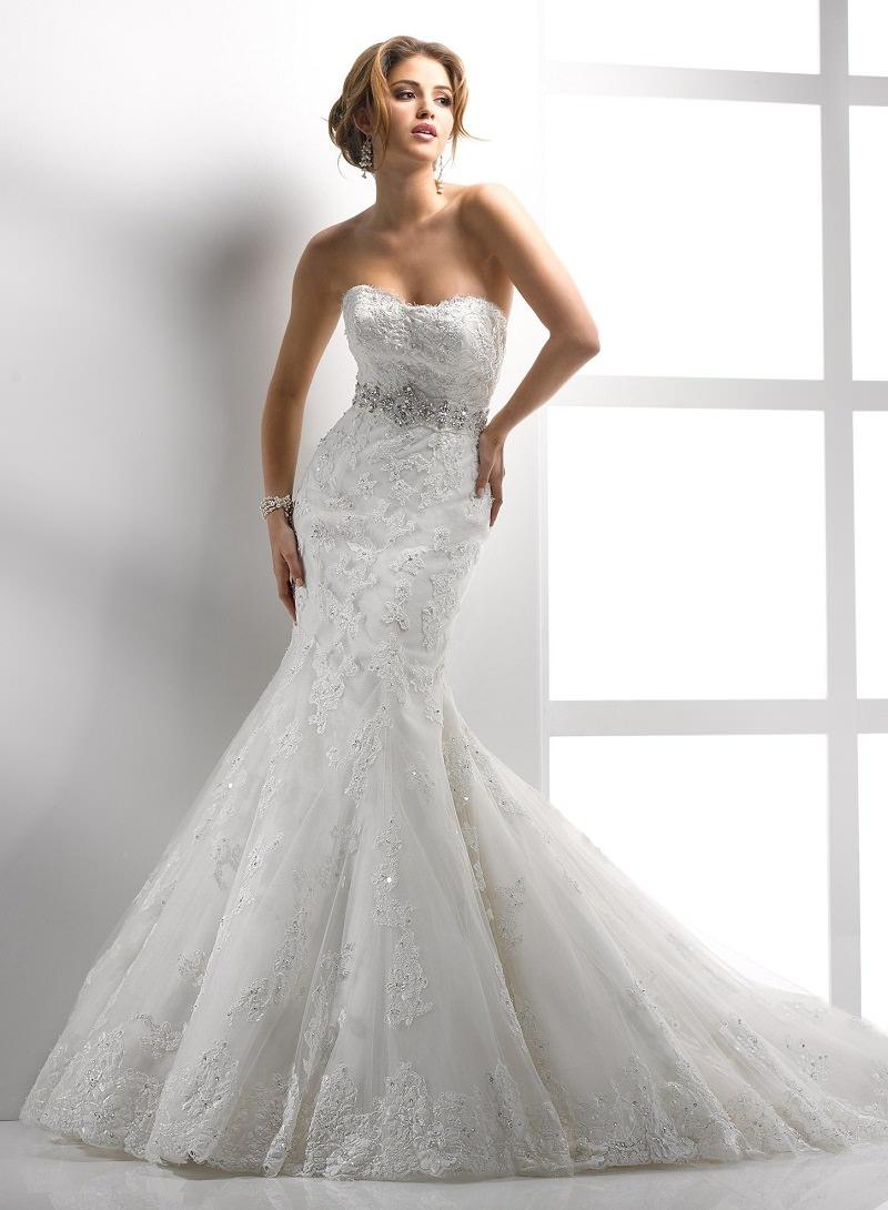 6-vestido-sereia-renda-e-bordado