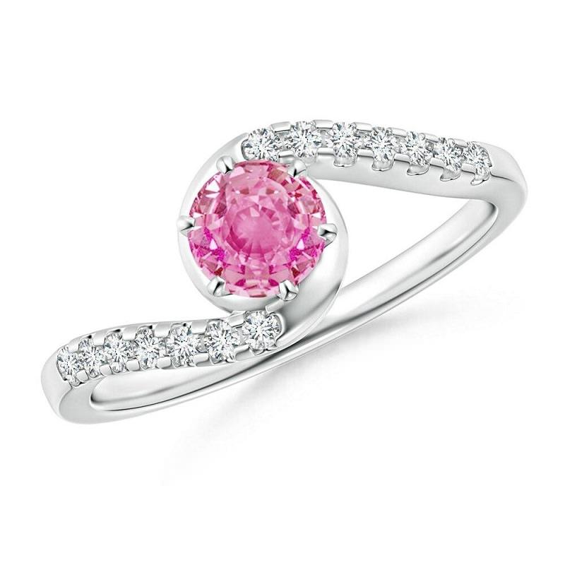 8-anel-de-noivado-de-platina-com-safira-rosa-e-diamantes
