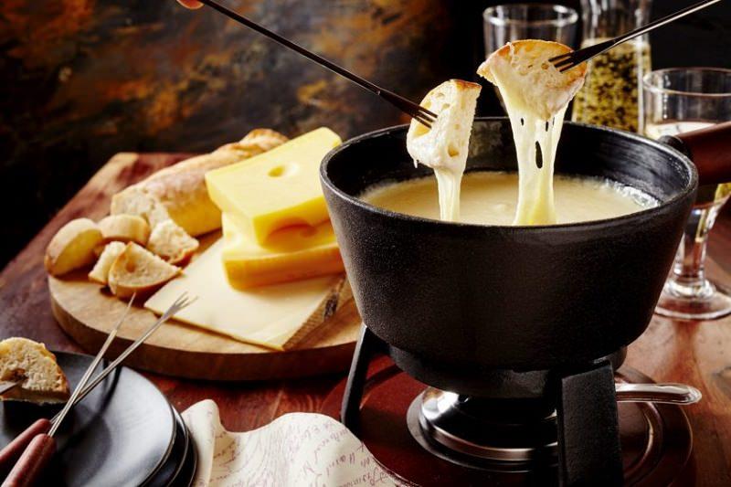 fondue-gastronomia-campos-do-jordao