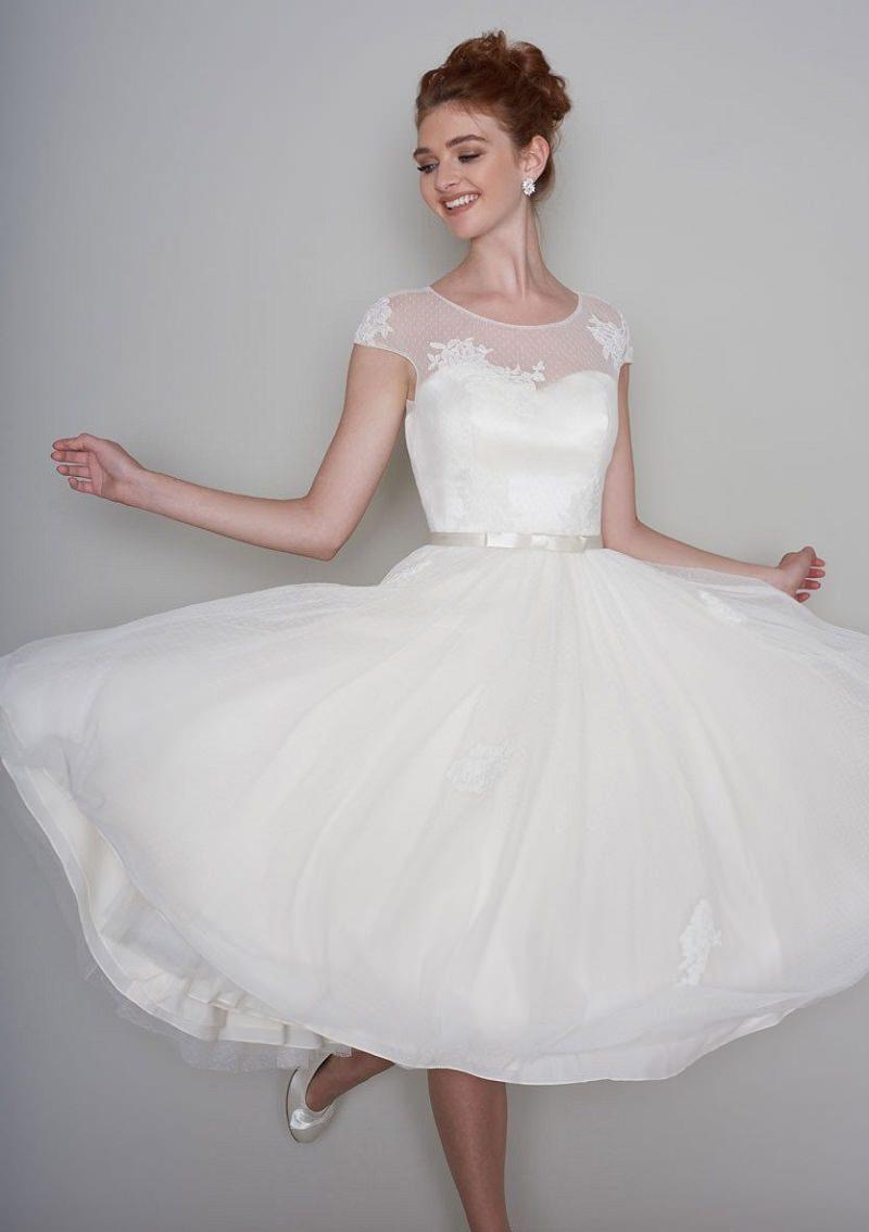 12-vestido-de-noiva-branco-anos-50-detalhe-em-rendas