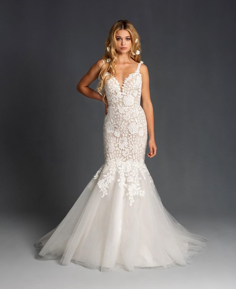 13-vestido-de-noiva-sereia-com-detalhe-de-flores