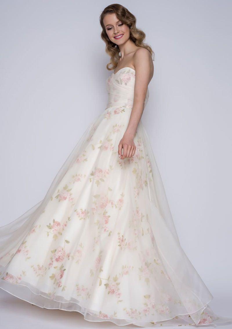 5-vestido-de-noiva-com-flores-e-tule