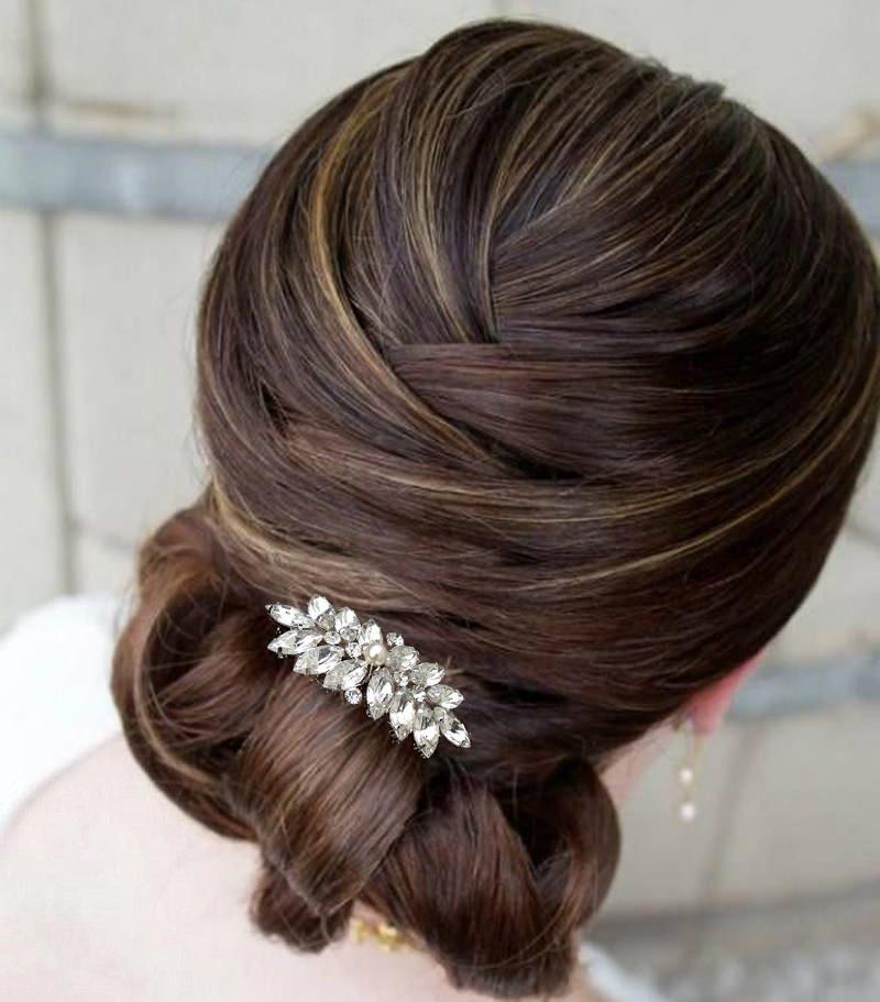 6-penteado-de-casamento-com-fivela-de-strass