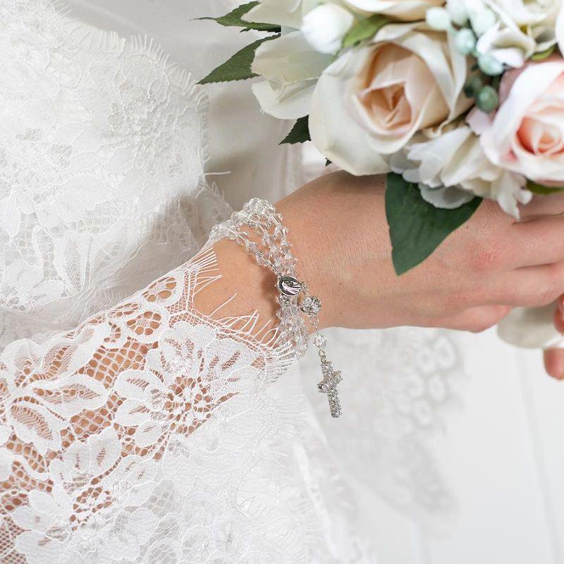 6-pulseira-terço-para-noiva-com-buque