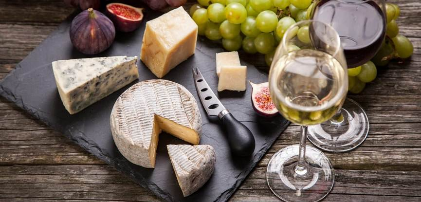 capa-queijos-e-vinhos-para-festa-de-casamento
