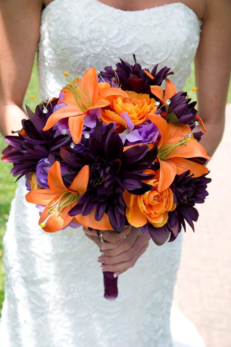 2-flores-de-casamento-laranja-roxo-lilas