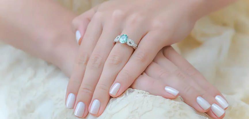 capa-turmalina-paraiba-em-anel-de-noivado