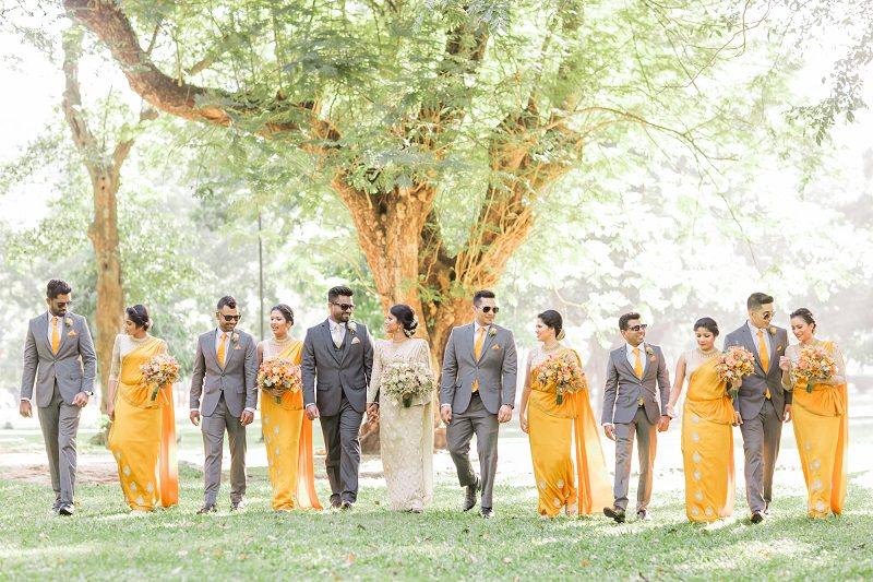 1-padrinhos-de-casamento-amarelo-e-cinza