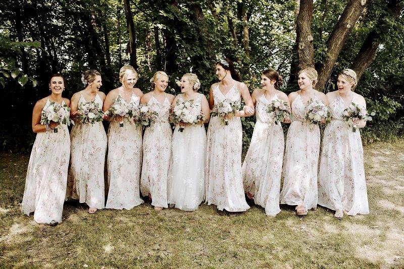 10-vestido-de-madrinha-floral-delicado