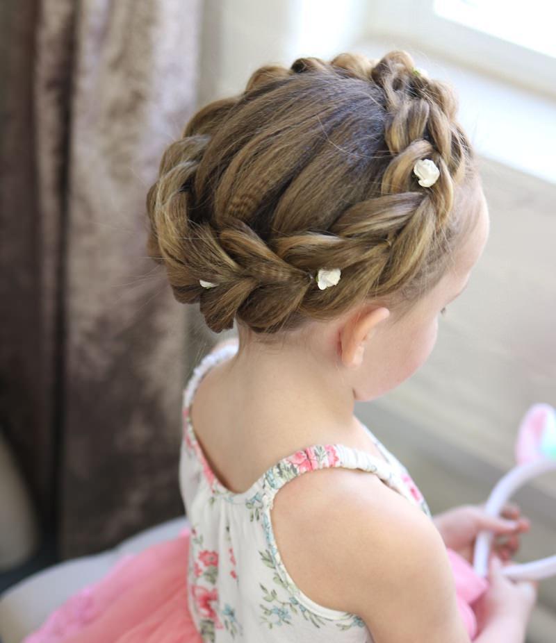 11-penteado-de-princesa-para-dama-de-honra