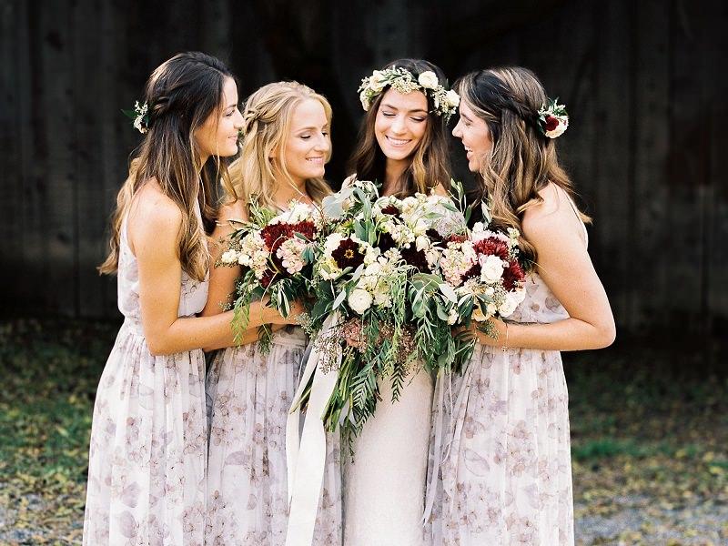11-vestido-de-madrinha-com-estampa-floral-lilas