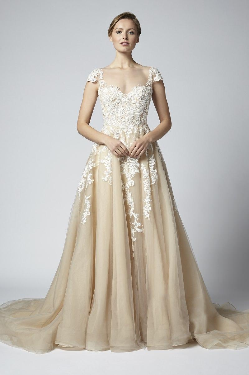 11-vestido-de-noiva-marfim-detalhes-em-renda