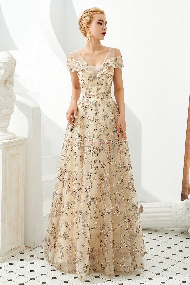 14-vestido-de-noiva-com-rendas-champagne